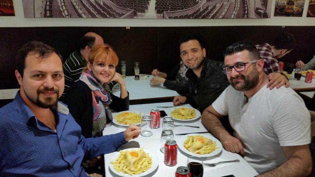 Franchesinha Tarifi | Porto'nun Meşhur Lezzeti Nerede Yenir?