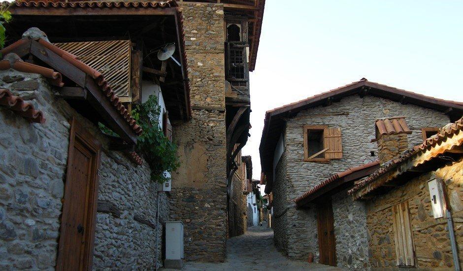 İzmir'in Köylerinde Çiçekler Açar - İzmir'in En Güzel Köyleri