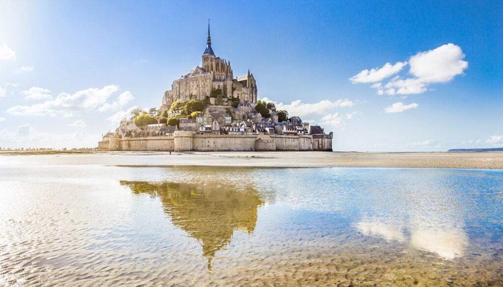 Zamana Karşı Dimdik Duran Yapılar - Avrupa'nın En Güzel Kaleleri