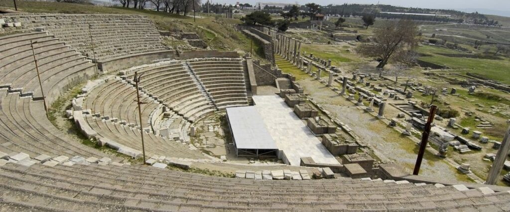 İzmir'in Saklı Kültür Hazinesi - Bergama Gezi Rehberi