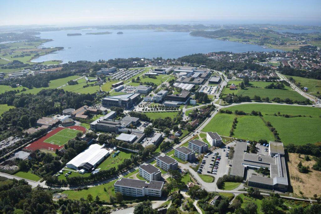 Göç Edebilir Miyim?- Norveç'te Yaşama ve Çalışma Rehberi
