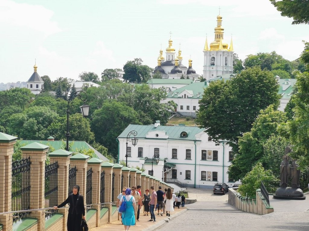 Kiev Gezilecek Yerler ve Rotalar Rehberi