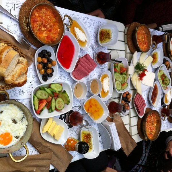 Siyah Kafe - İstanbul Kahvaltı Mekanları