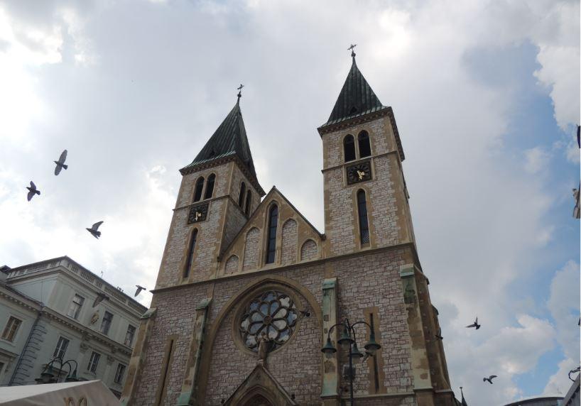 Saraybosna Katedrali - Saraybosna Gezi Rehberi