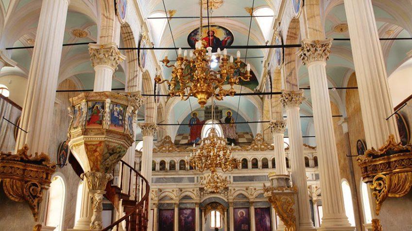 Taksiyarhis Kilisesi - Cunda - Ayvalık Gezi Rehberi
