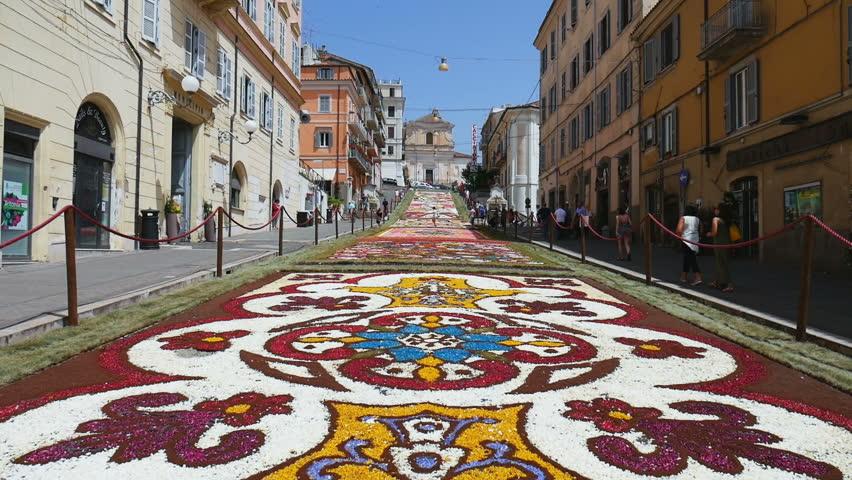 Roma Çevresinde Görülebilecek 10 Lokasyon - Genzano