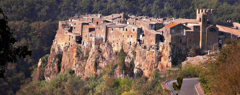 Roma Çevresinde Görülebilecek 10 Lokasyon