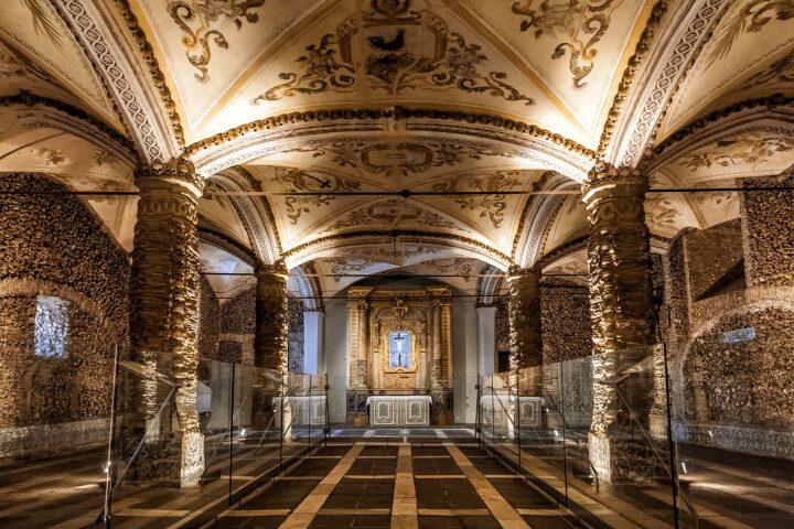 Capela dos Ossos - Evora Gezi Rehberi