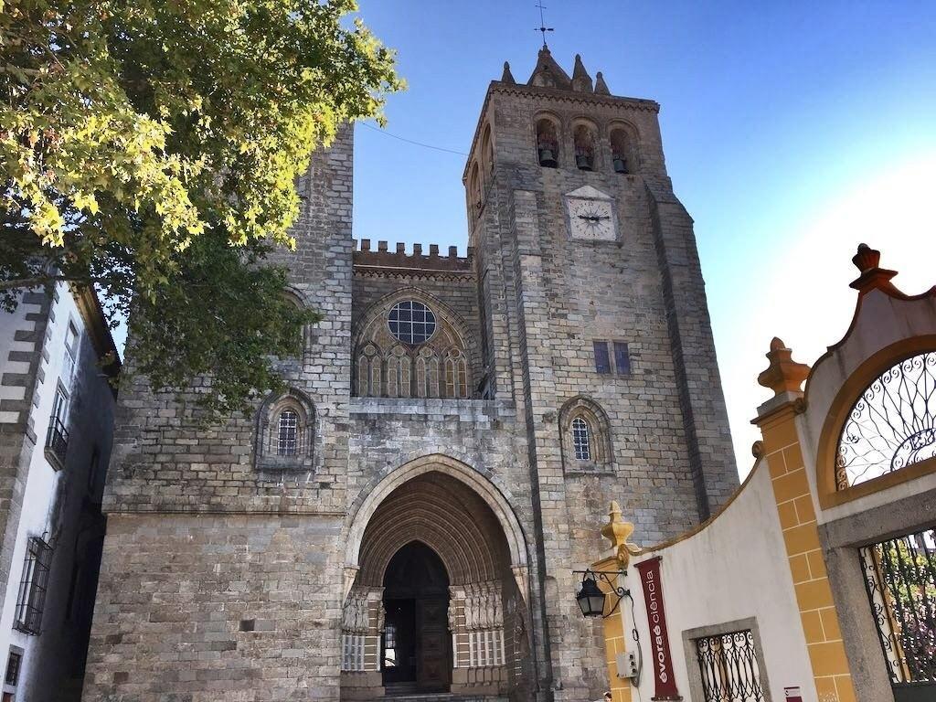 Evora Gezi Rehberi - Portekiz'in UNESCO Bahçesi