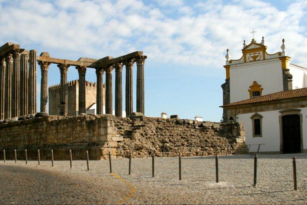 Roma Kalıntıları - Evora Gezi Rehberi