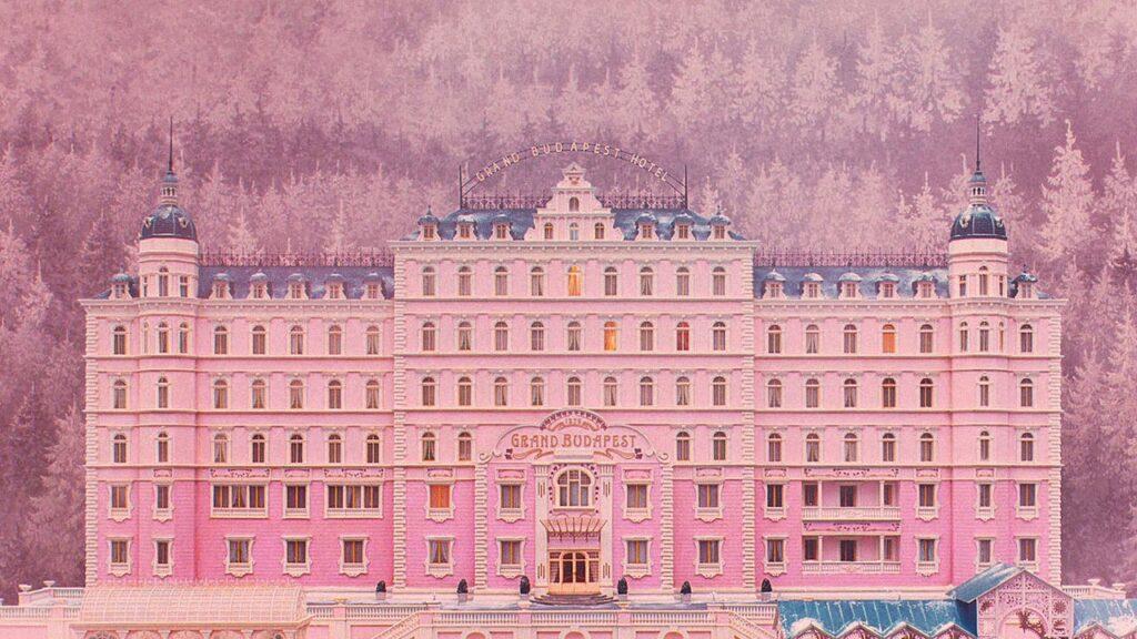 The Grand Budapest Hotel - İzlemeniz Gereken 15 Komedi Filmi