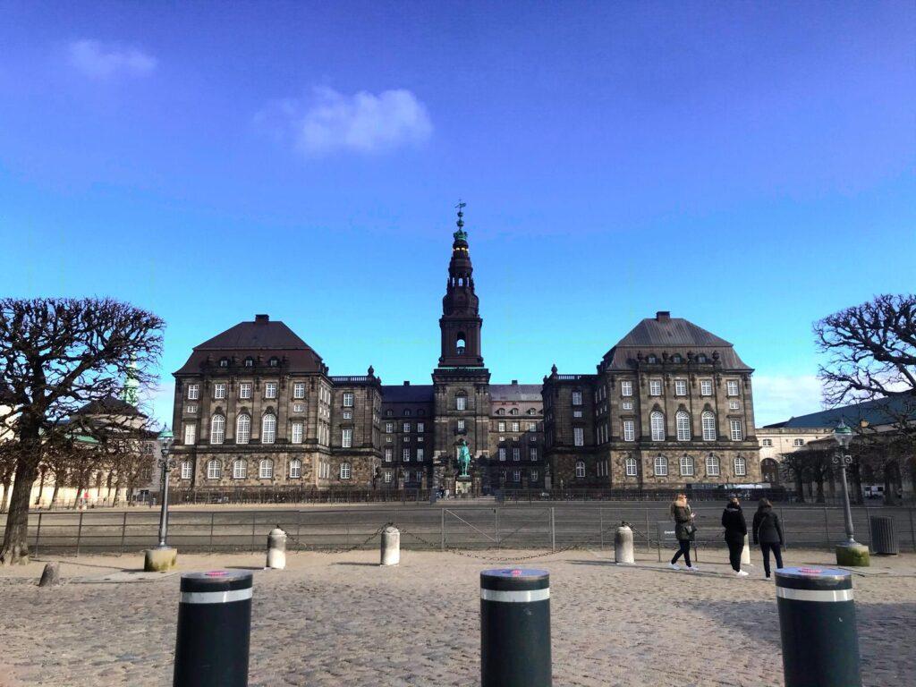 Kopenhag Gezi Rehberi - Christianborg Sarayı