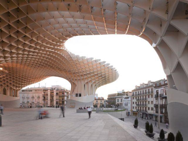 Jurgen Mayer H. - Arkitektüel / Geri dönüşüm ile hayat bulan