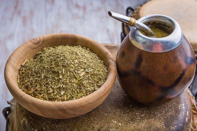 Dünya Kültürlerinden Bitki Çayı Çeşitleri