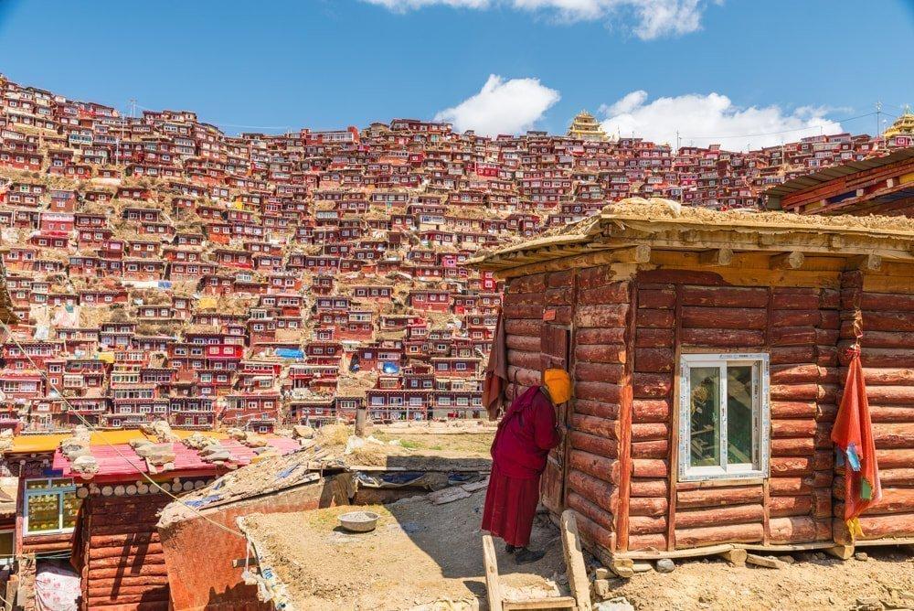 Mutlaka gezmeniz gereken 9 masal diyarı Asya köyü - Larung Gar, Tibet