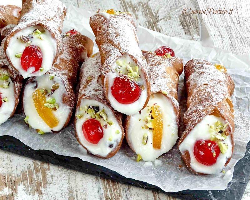 İtalya – Cannoli Siciliani - 11 Ülkeye Özgü 11 Farklı Tatlı