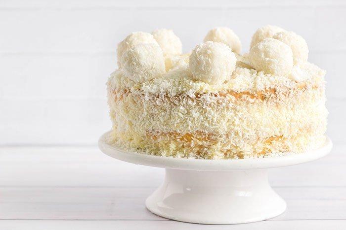 Amerika – Coconut Cake - 11 Ülkeye Özgü 11 Farklı Tatlı
