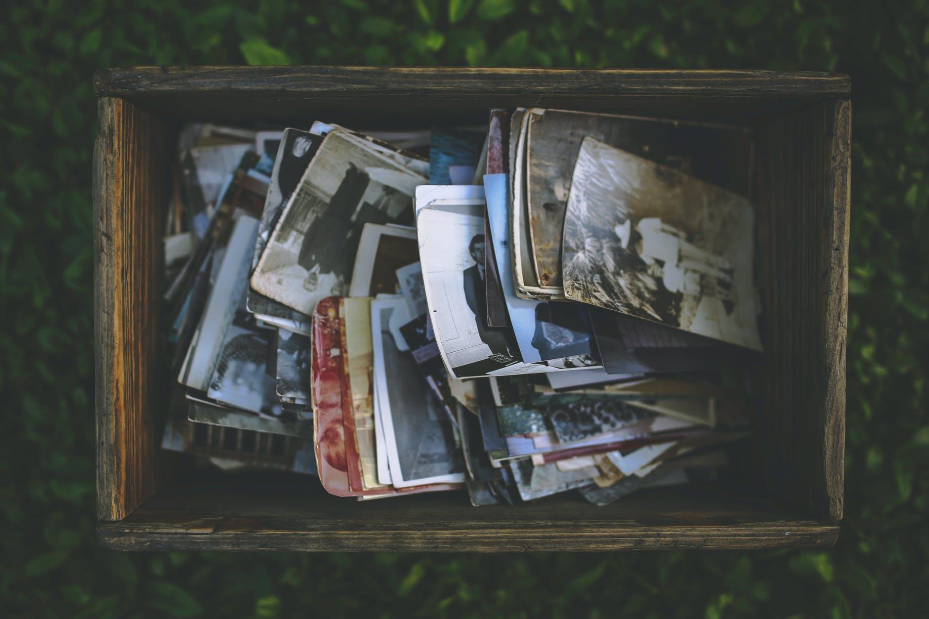 Sade Bir Yaşamın İpuçları: Son Kullanma Tarihi Geçmiş Anılar