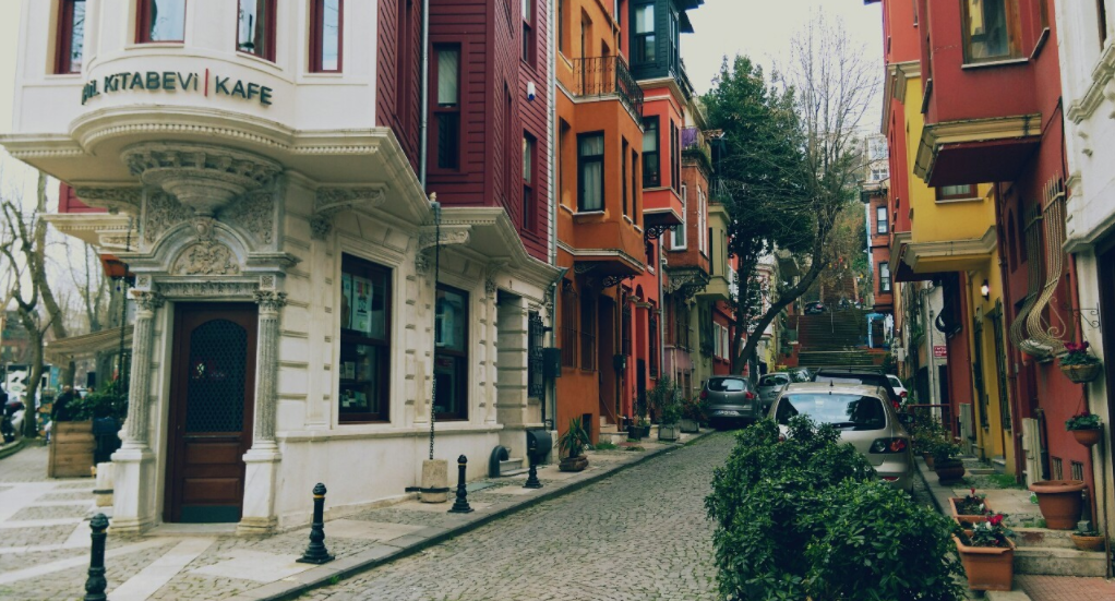 Kuzguncuk Gezi Rehberi | İstanbul'da Nostalji