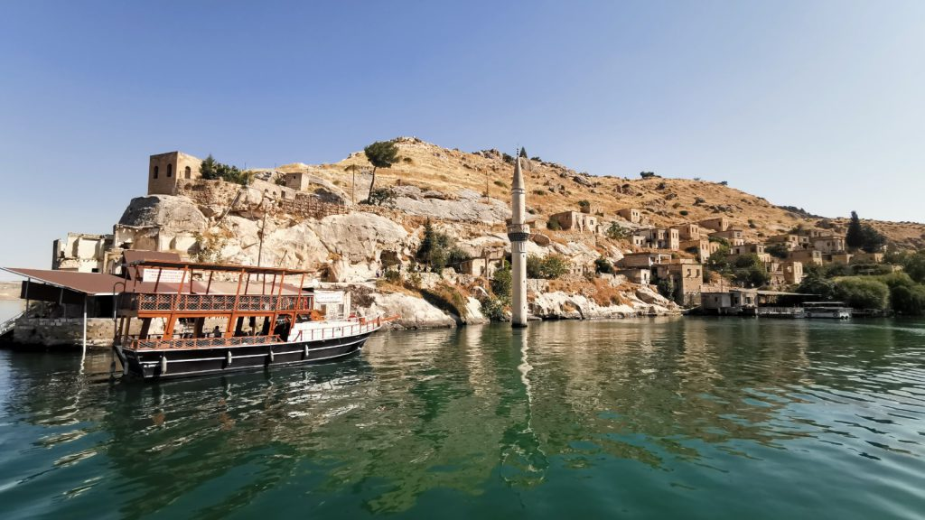 Savaşan Köyü - Halfeti Gezi Rehberi ve Tekne Turu
