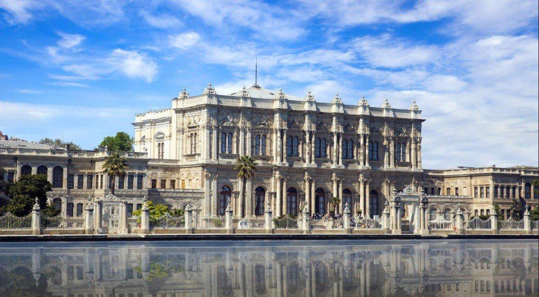 Dolmabahçe Sarayı Gezisi | Saray Bahçeleri ve Cafeleri